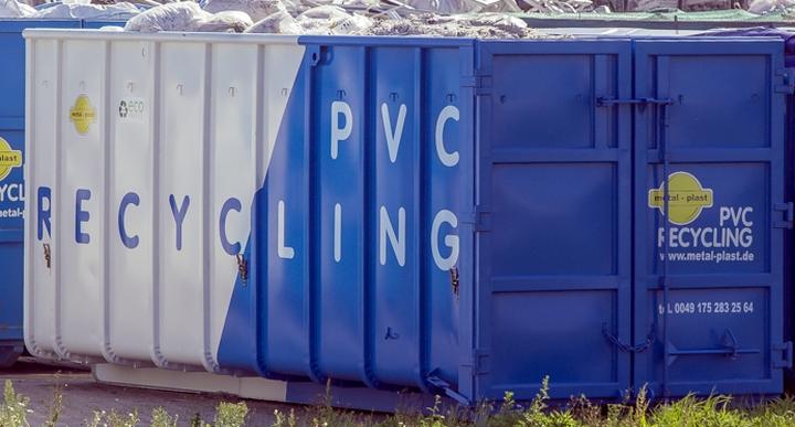 Odbiór odpadów PVC kontener